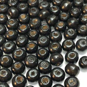 Bolitas de madera negras